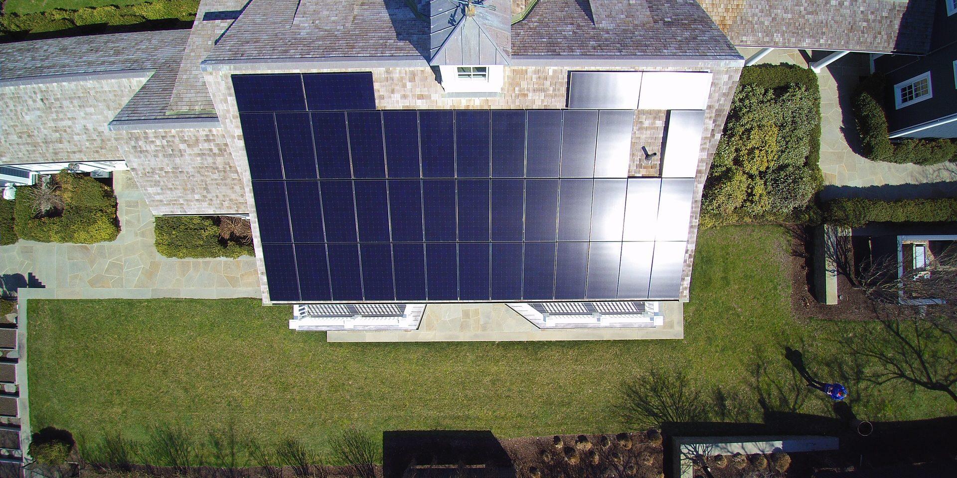 Inspectievlucht drone zonnepanelen